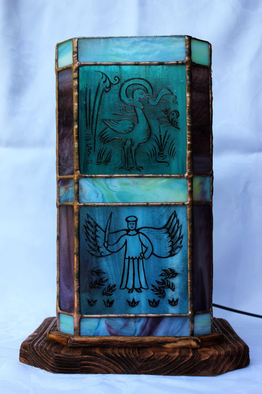 Festett-figuralis-tiffany-lampa-10