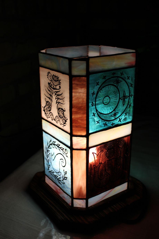 Festett-figuralis-tiffany-lampa-7