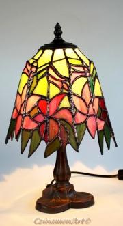 Rozsaszin-liliomos-aasztali-tiffany-lampa-3