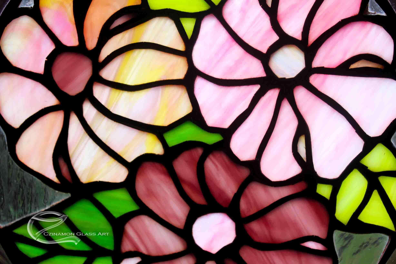Virágos üvegdíszek